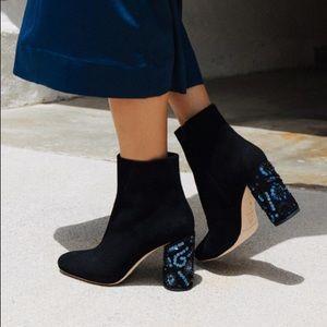 Gorgeous Loeffler Randall boots